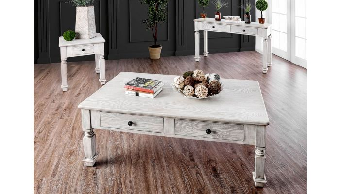 Fargo Traditional Coffee Table With Drawers