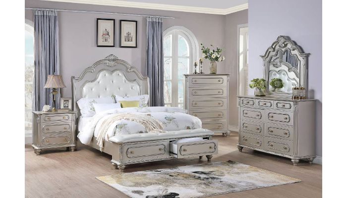 La Jolla Silver Finish Bed With Drawers