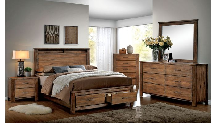 Luxury Bedroom Furniture Carved Wood Bed With Pillows And ...