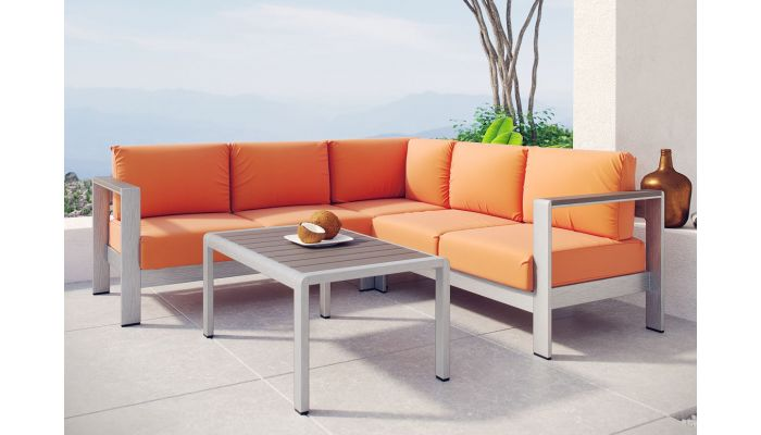 Omnia Patio Sectional With Coffee Table