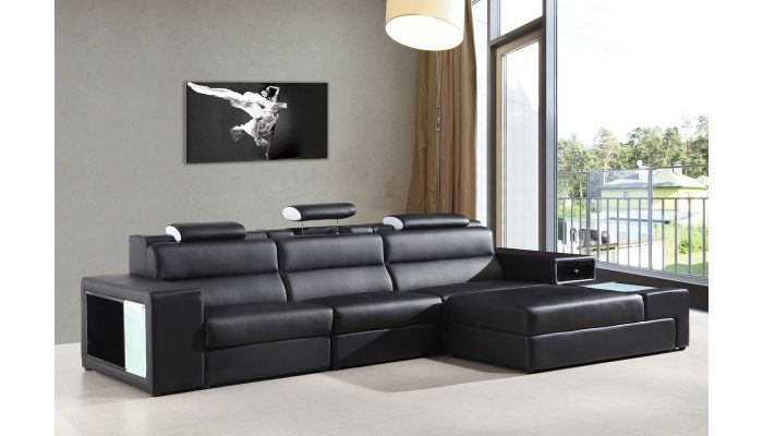 Polaris Black Sectional With Light