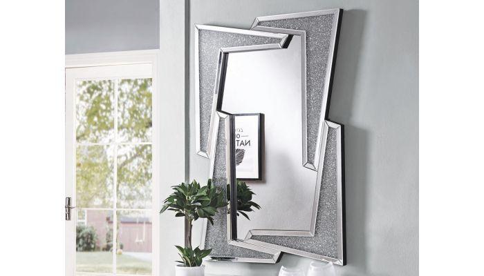 Quatro Accent Wall Mirror