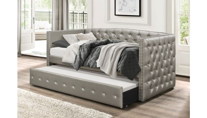 Rialto Crystal Tufted Daybed With Trundle