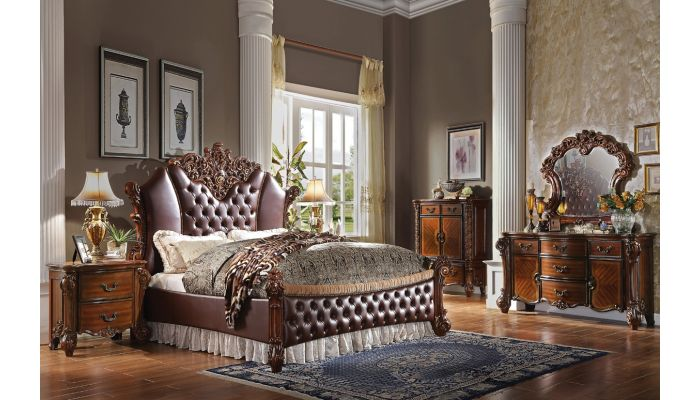 Vendome Victorian Style Tufted Leather Bed