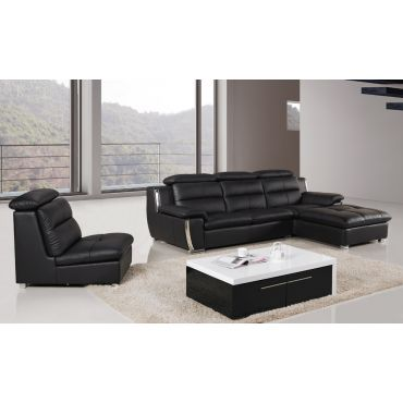 Xena Sectional With Right Side Chaise