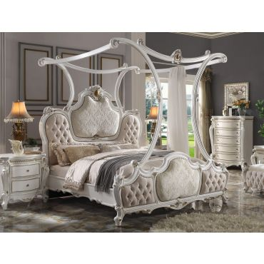 Alexandra Traditional Style Canopy Bed