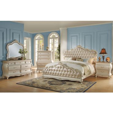 Bencivenni Pearl White Classic Bedroom Furniture