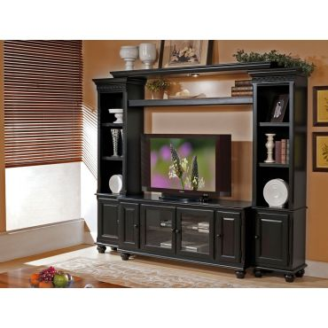 Ava Traditional Style Entertainment Center