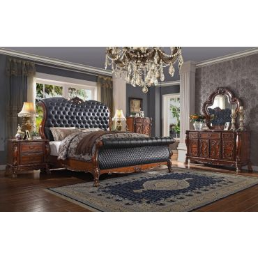 Dresden Traditional Style Bed Tufted Leather