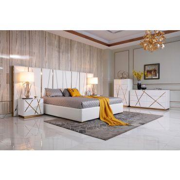 Hamburg White and Gold Leather Bed