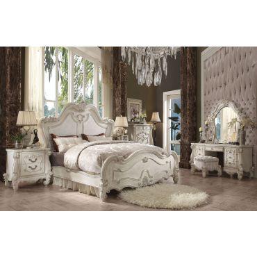 Havilah Traditional Bedroom Furniture