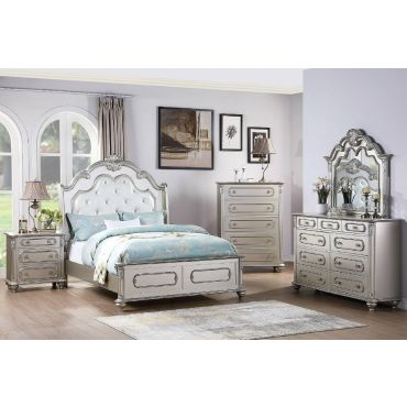La Jolla Silver Finish Traditional Style Bed