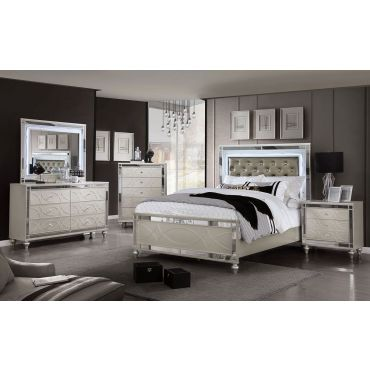 Royale Mirrored Accents Contemporary Bed