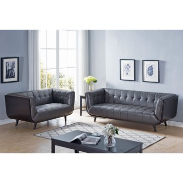 Suzy Modern Chesterfield Sofa