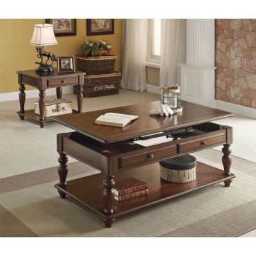 Westfeld Traditional Style Coffee Table